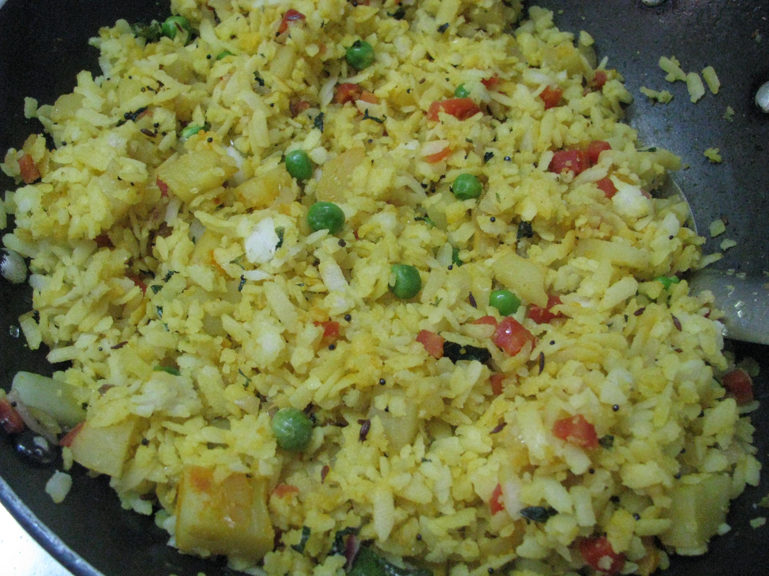 Poha recipe-Vegetable Poha recipe | Vegetable Avalakki Recipe ...